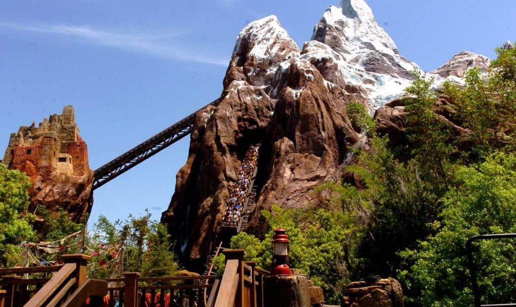 Everest animal kingdom