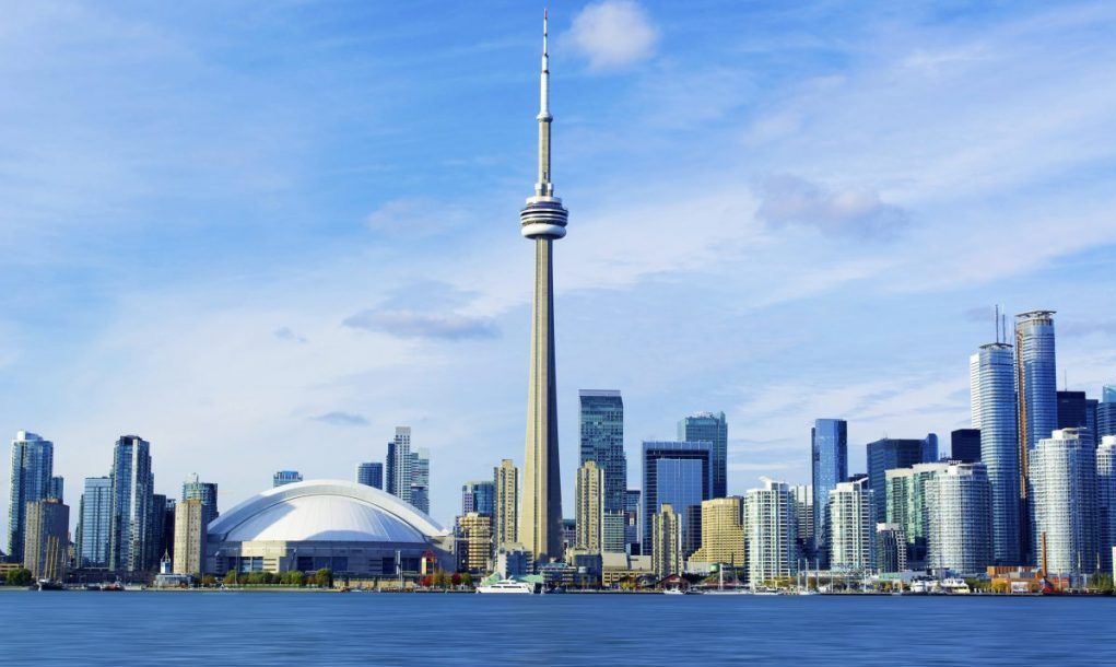 best things to do in Toronto CN Tower