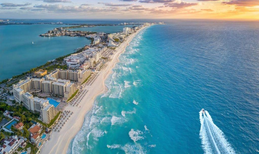 beaches in Cancun