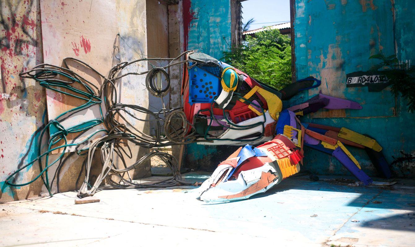 Crab installation in San-Nicolas, Aruba