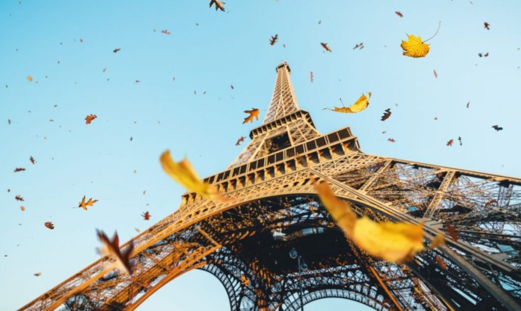 eiffel tower autumn