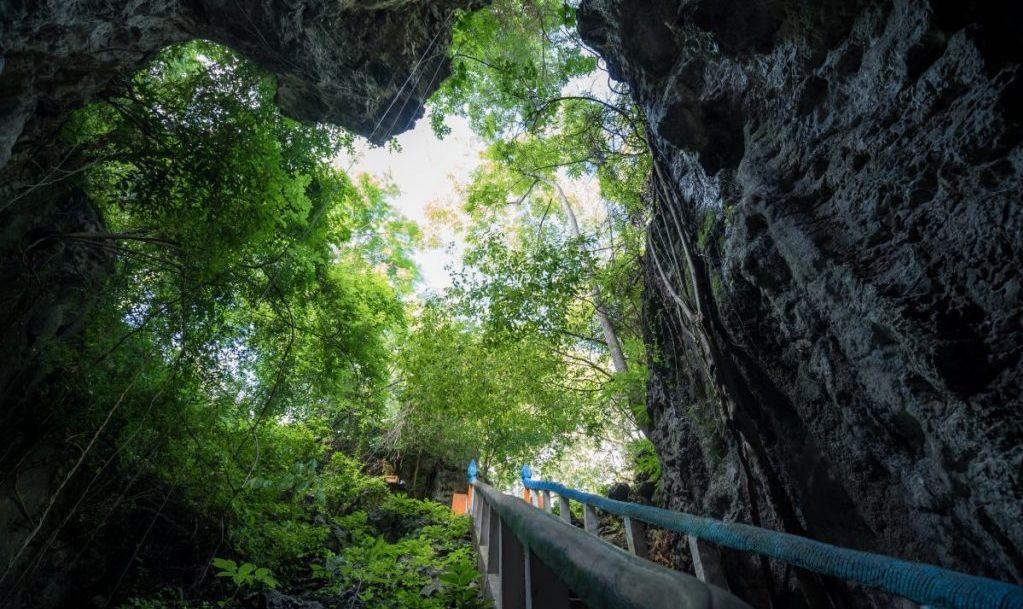 khmer rouge killing caves sampeau