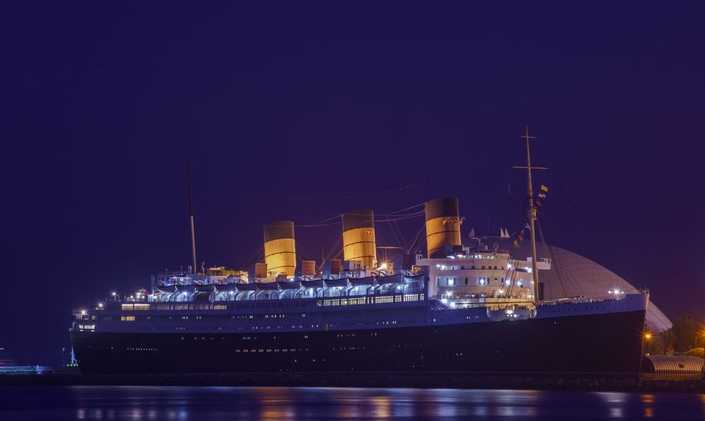 queen mary ship at night