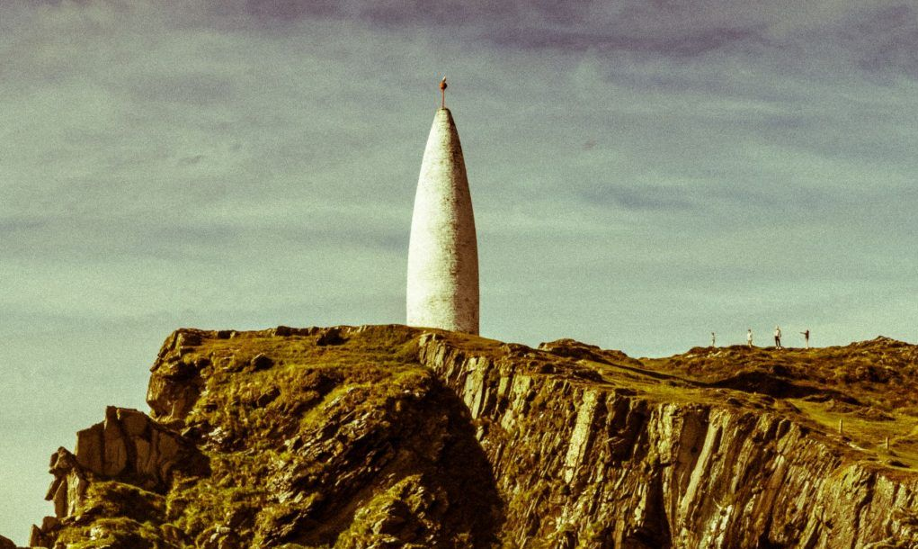 Marker or beacon built by British engineers in the 1800s to mark the entrance to Baltimore Harbour, County Cork, Ireland. Its distinctive conical shape is a popular draw for tourists.