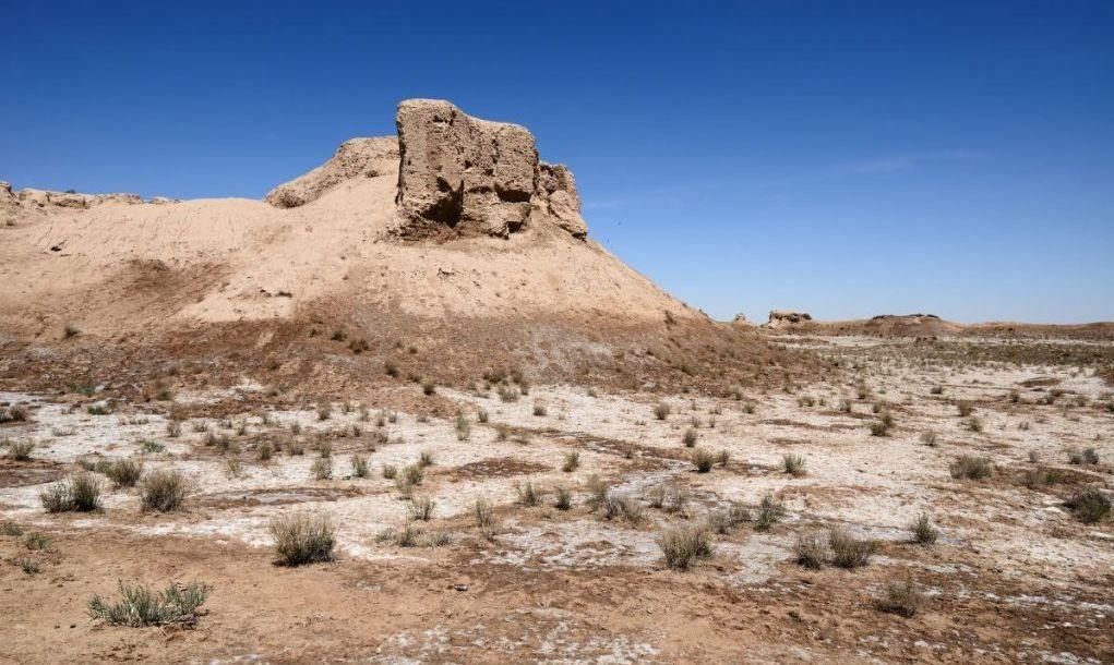 Uzbekistan, The ruins of ancient Khorezm Toprak