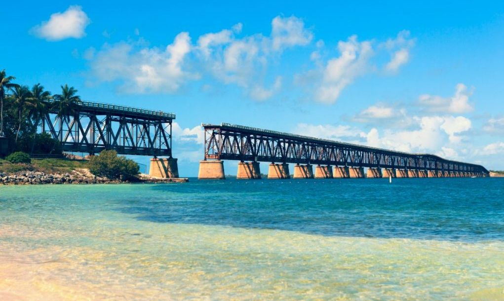Disused bridge in the lower Florida Keys connecting Bahia Honda Key with Spanish Harbor Key. Originally part of the Overseas Railway.
