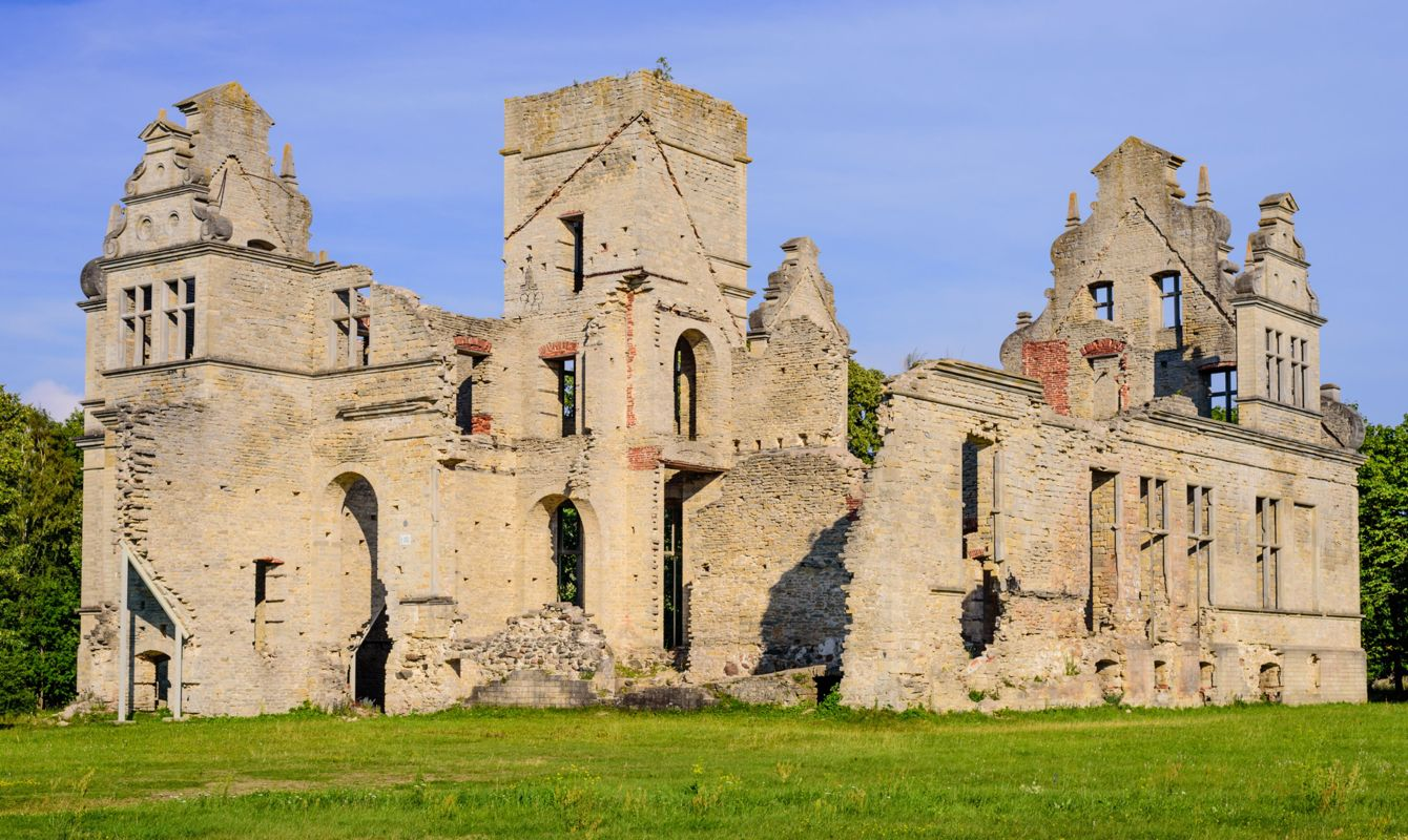 Ruins of the Ungru castle, Estonia