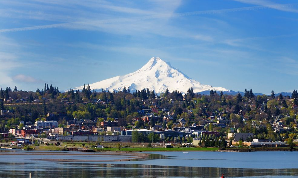 Mount hood and hood river city