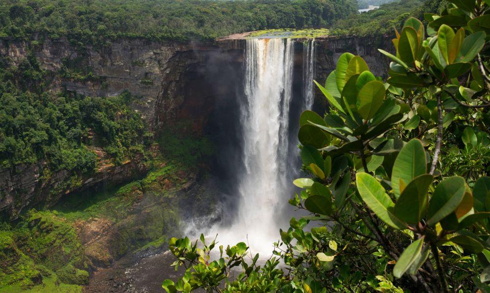 Kaieteur Falls. Guyana