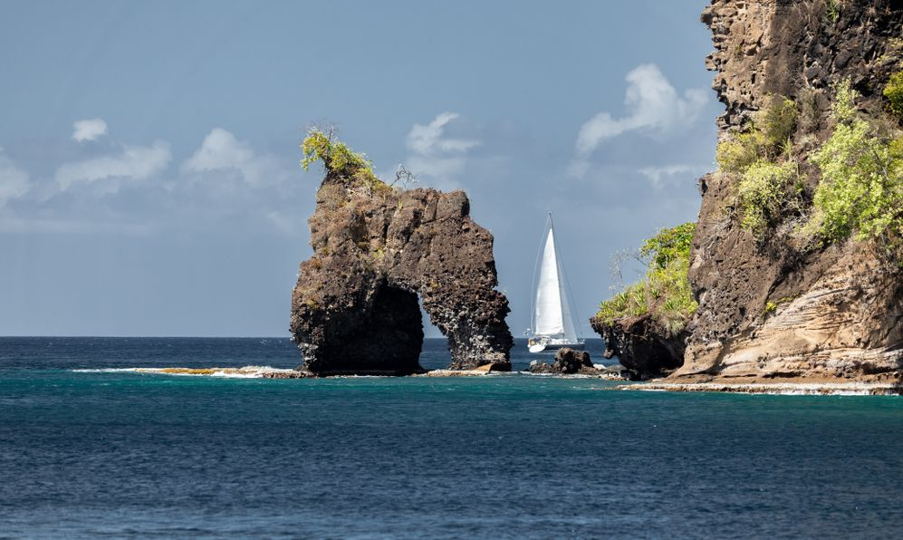 Saint Vincent and the Grenadines, Wallilabou Bay, Pirate's arch