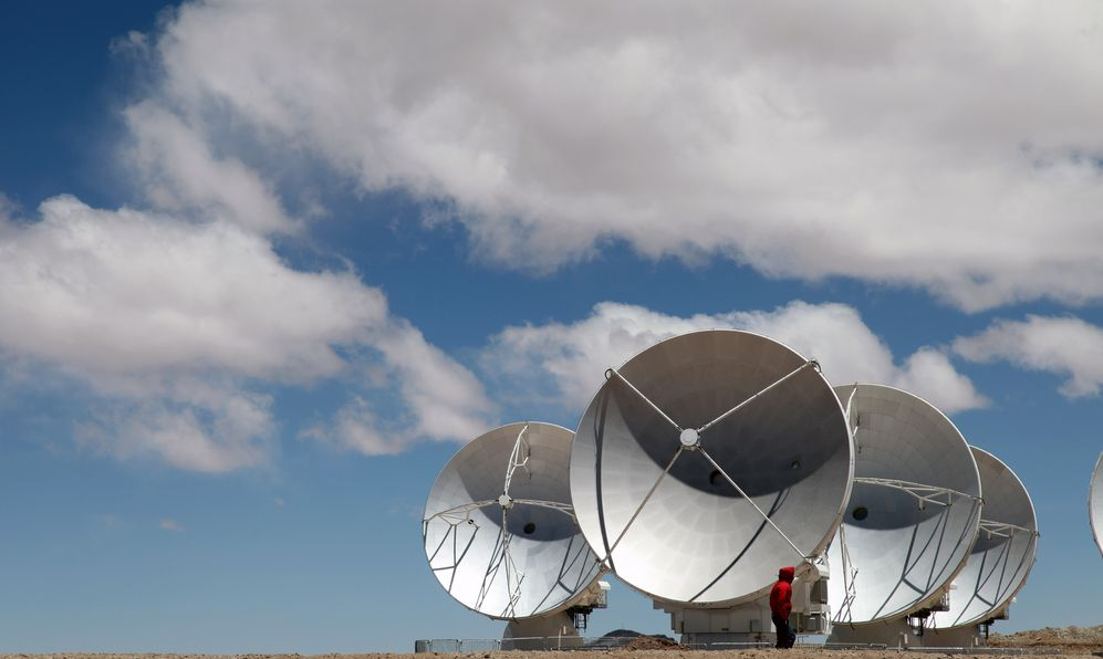 The worldwide biggest telescope Array is in Chile.