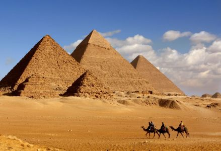 Overrated Tourist Traps Best Avoided