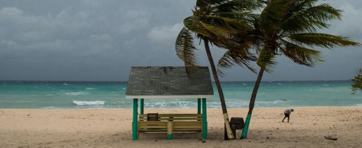 How To Prepare For A Hurricane When Traveling