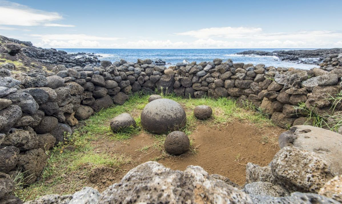 Te-Pito-Te-Henua the navel of the world