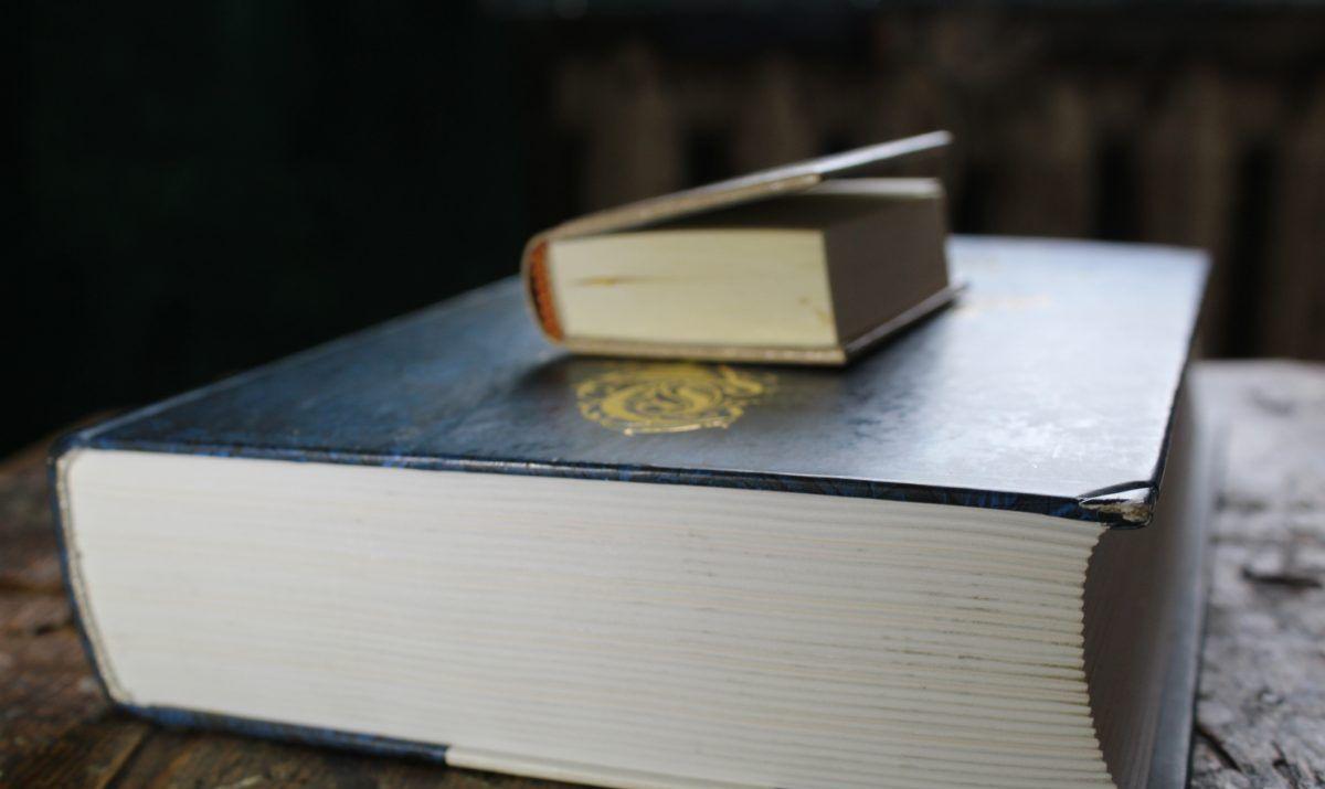 photo big book and small close-up