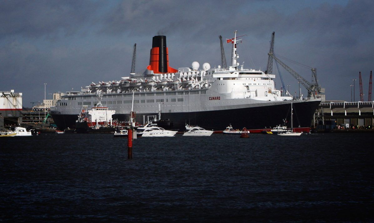 QE2 Leaves Southampton For The Last Time