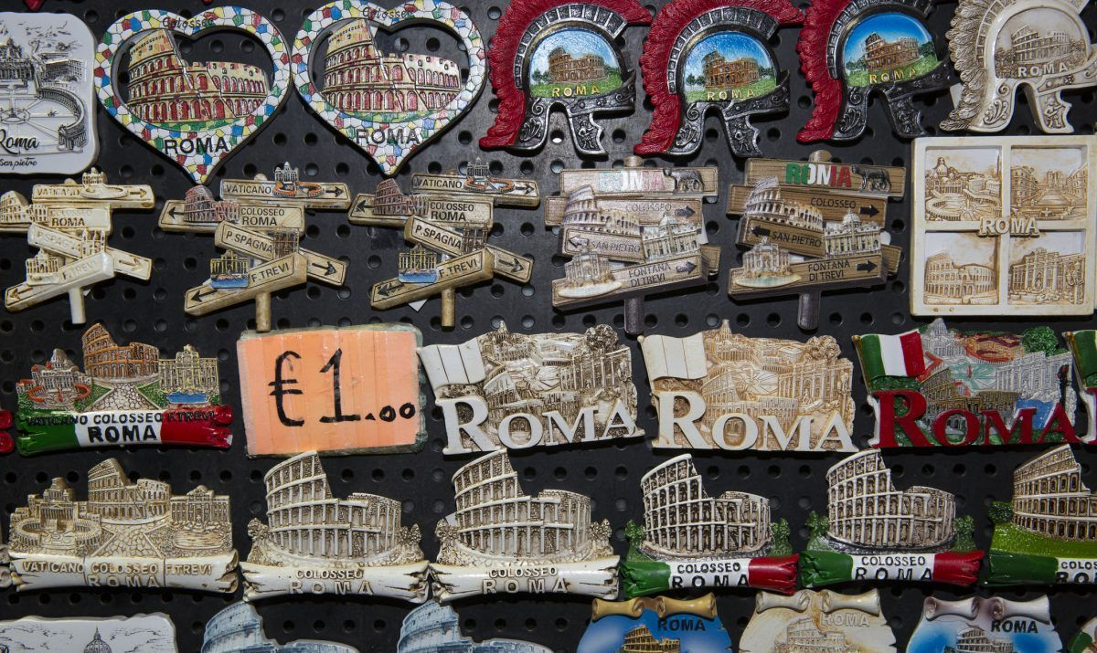 Colosseum fridge magnet, anyone?