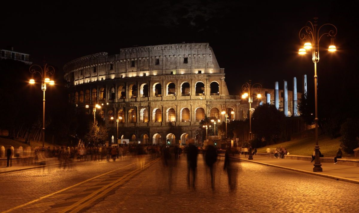 Stay in the hood for a more complete Colosseum experience.