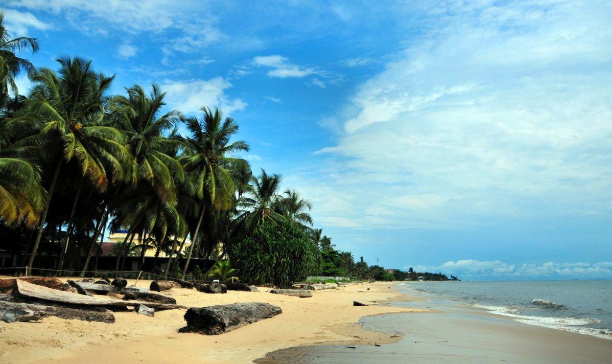 libreville beach gabon