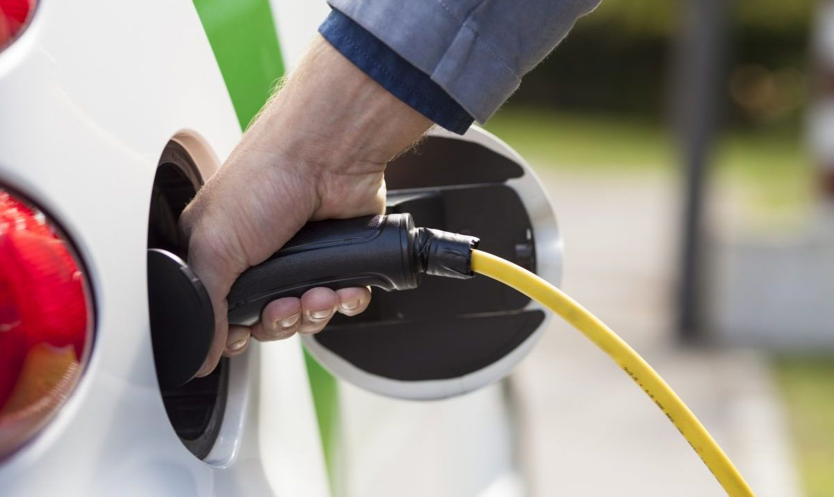 electric car battery charging
