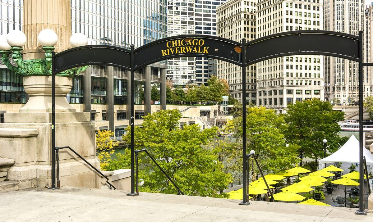 Entrance to the Chicago Riverwalk