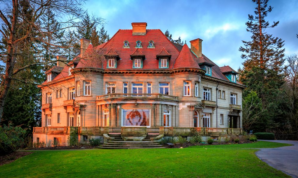 Originally built in 1909, Pittock mansion is a French Renaissance-style chateau in the West Hills of Portland, Oregon.
