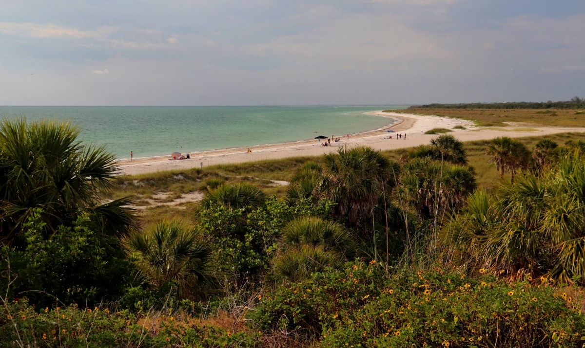 Beach at Fort de Soto Park in St. Petersburg, Florida.