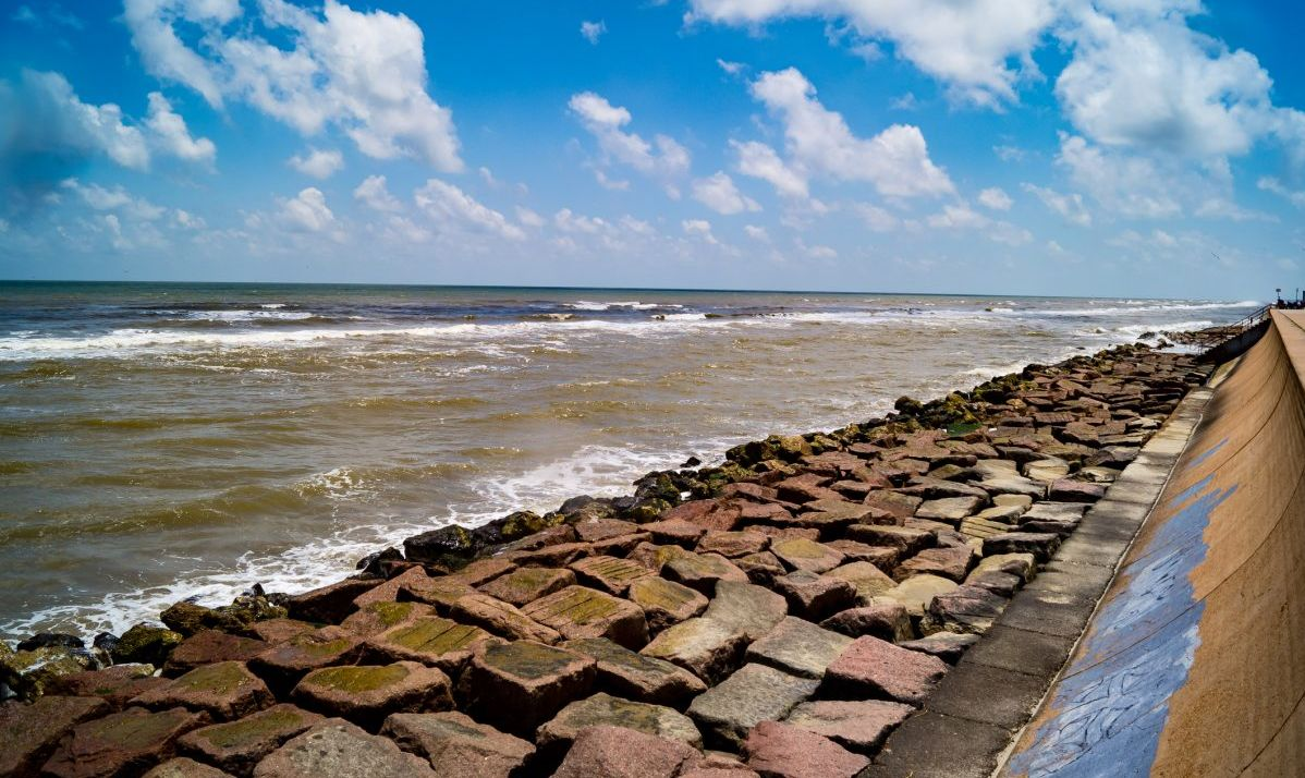 hurricanes galveston seawall