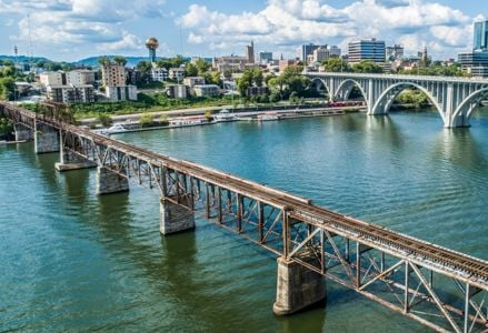 Knoxville, a Dynamic Center for Nature and the Arts
