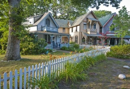 Plan Your Getaway to Martha's Vineyard