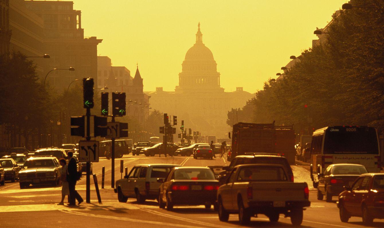 USA, Washington DC, Capitol Building from Pennsylvania Avenue, sunset