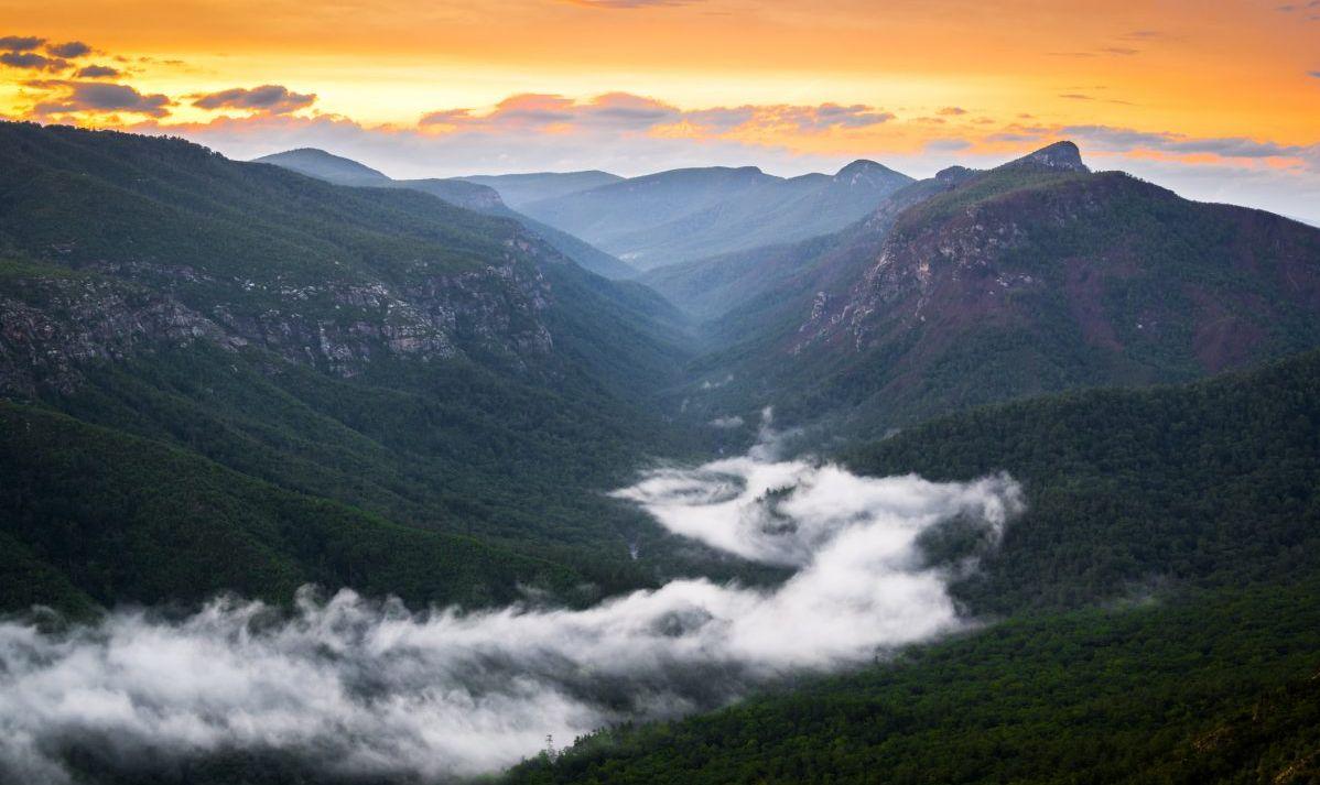 Sunrise over Linville Gorge