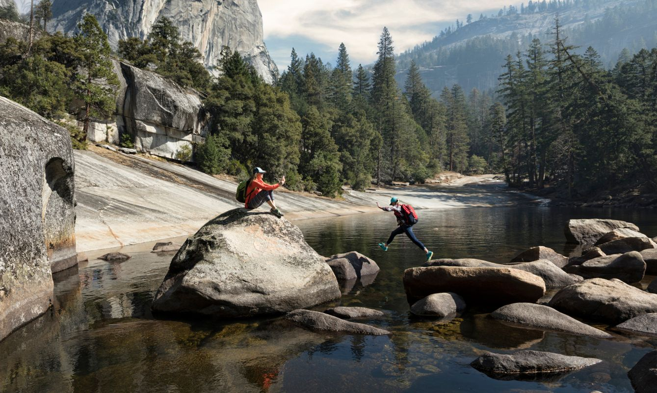 Mother photographing daughter by Emerald Pool above Vernal Falls_Yosemite