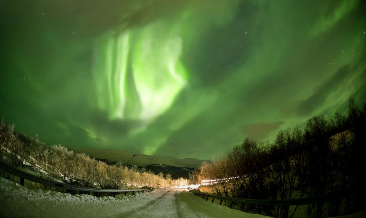 abisko panorama sweden northern lights