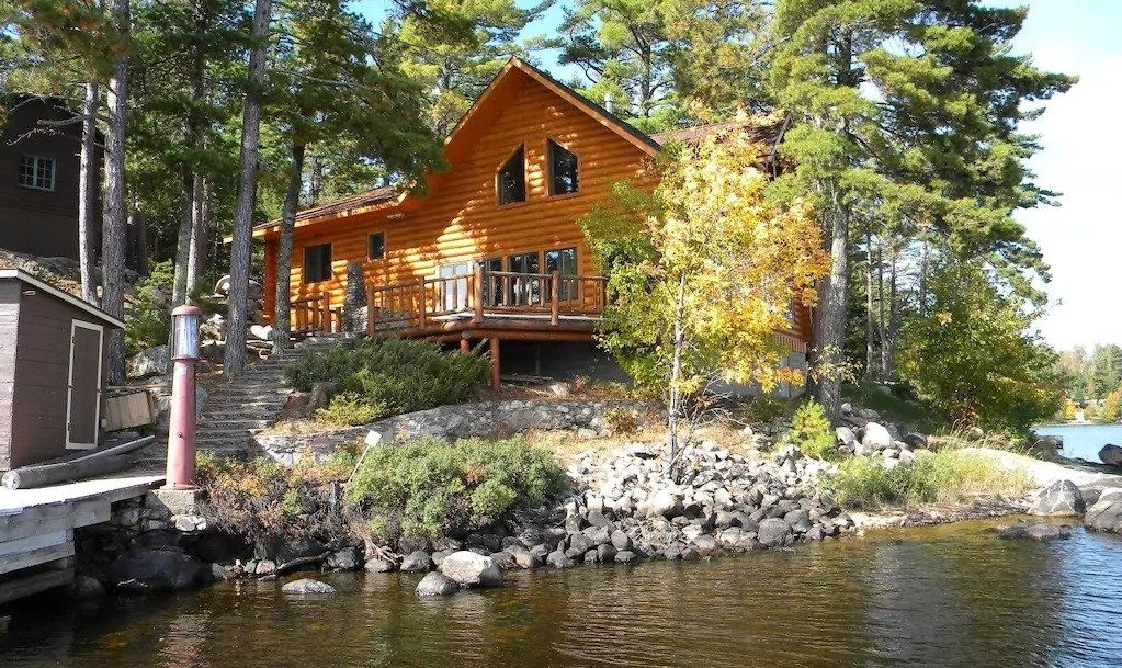 Wilderness Log Home at Voyageurs National Park