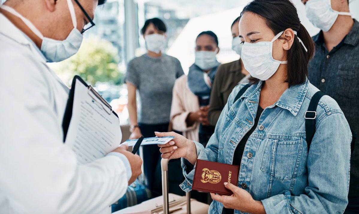 negative test vaccination travel