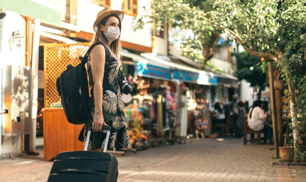 masks covid travel social distancing