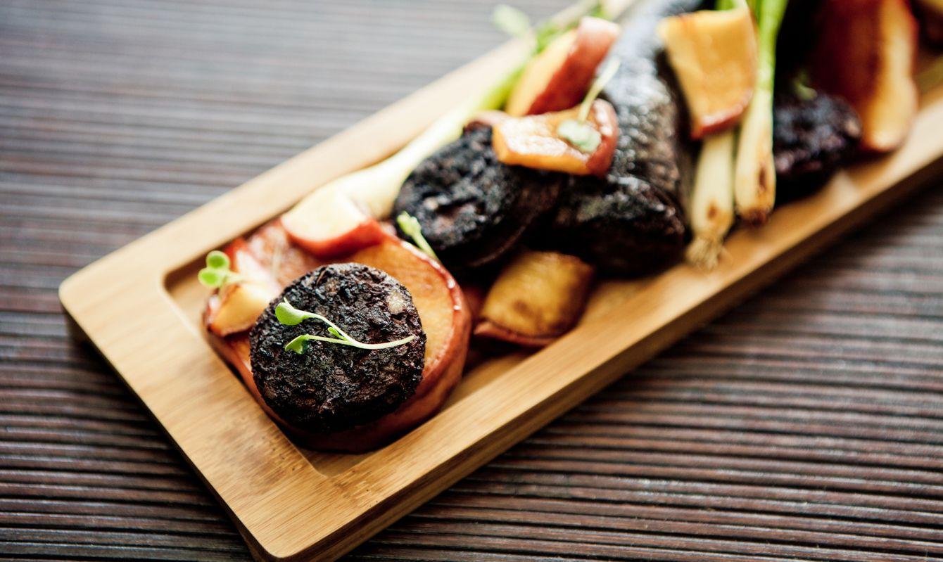Black pudding: Boudin