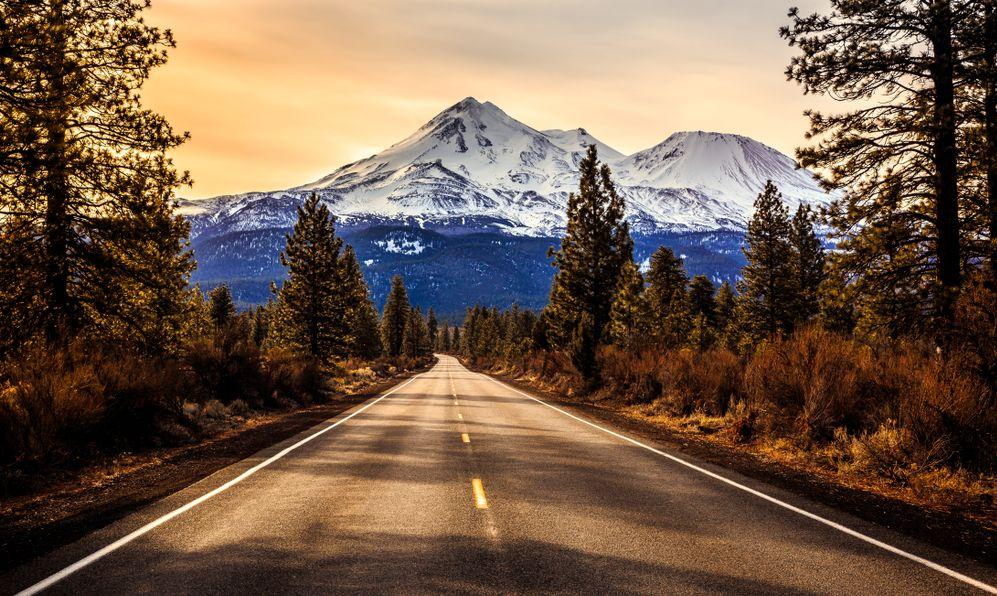 Road to Mount Shasta, California
