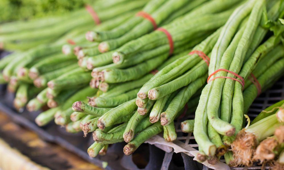 close up on yardlong bean at the market