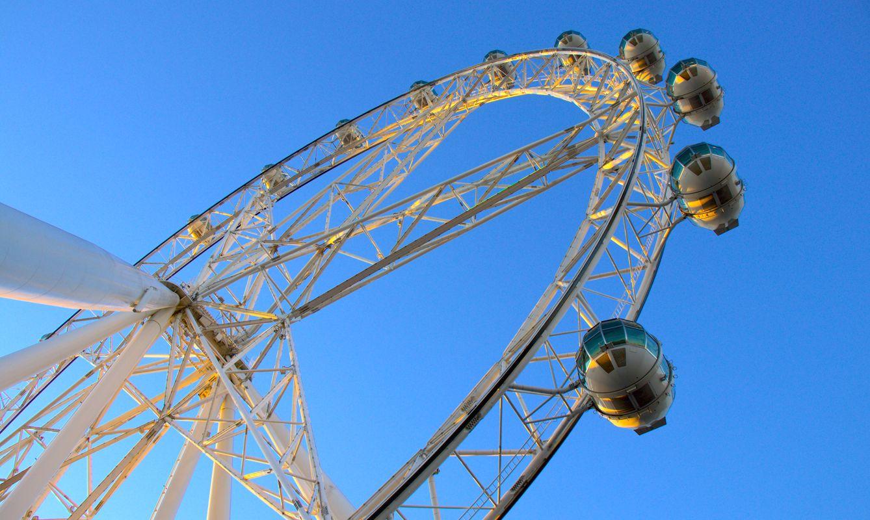 Melbourne Star Ferris wheel on a clear day