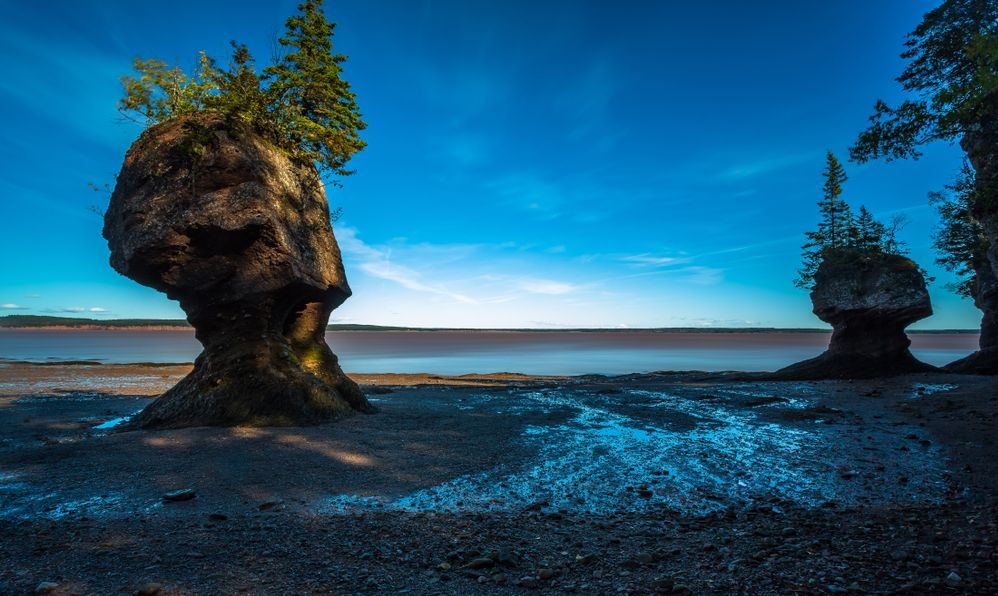 At Hopewell Rocks one can experience the world's highest tides.