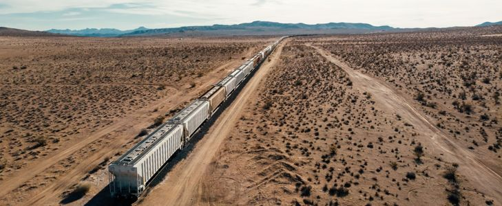 Useful Tips for Long-Distance Train Trips