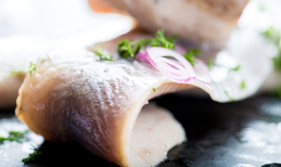 Raw fish with onions.