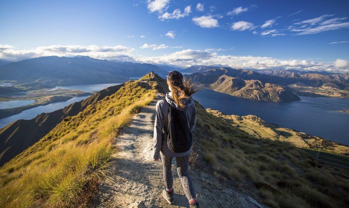 Girl hiking at Roy's Peak